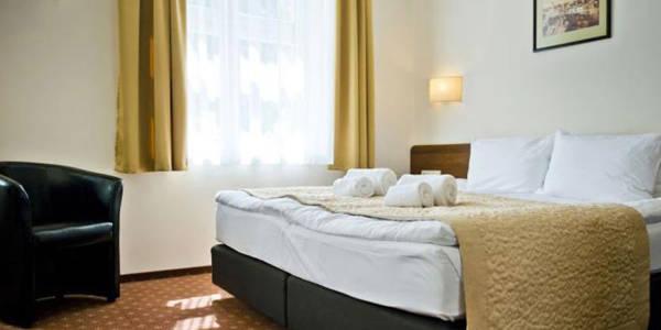 Memel Hotel Standard Double Room