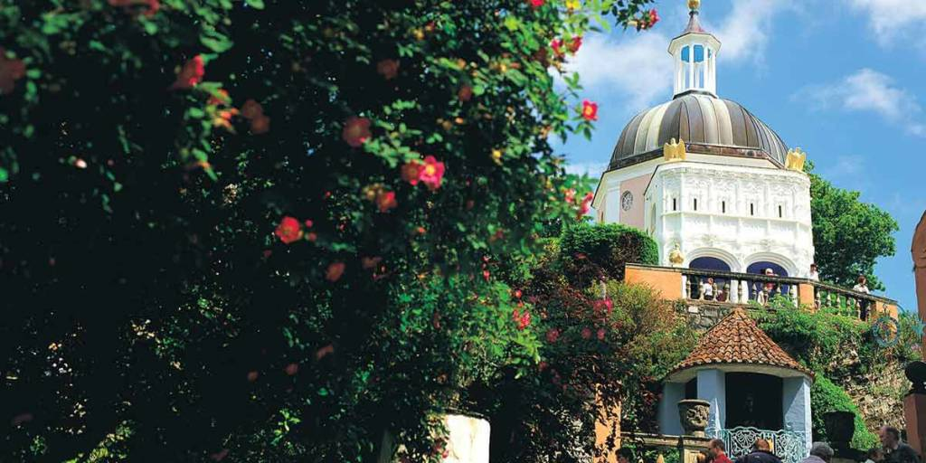 Wales-Gardens-P3-VisitWales