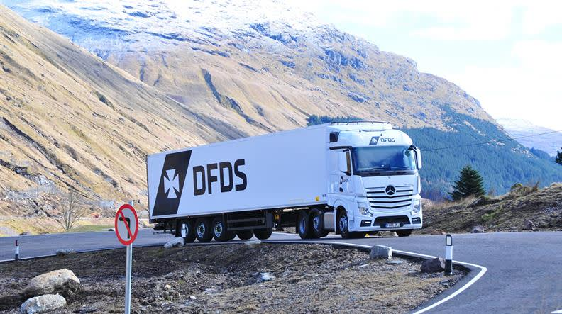Logistics truck2908 smaller