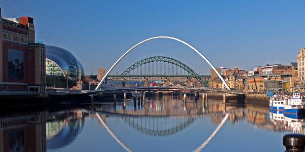 Broer over elven Tyne mellom Newcastle og Gateshead