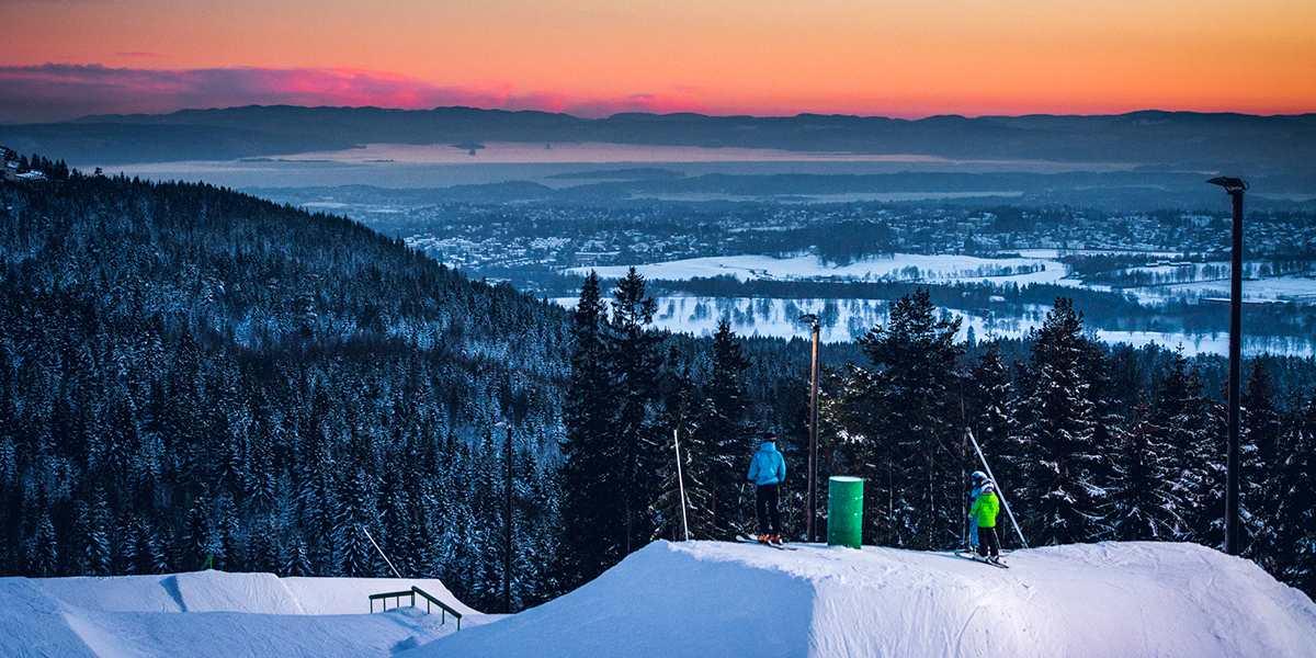 Oslo winter park - view over Oslo