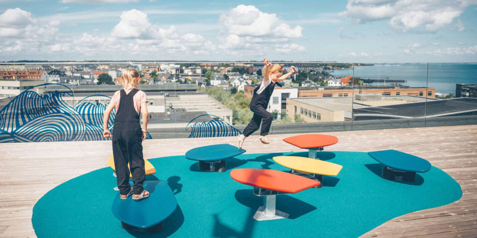 kids playing at Experimentarium, Copenhagen Photo Credit: Verena Frei
