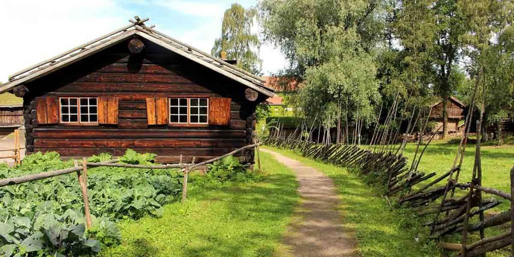 Hiking in Oslo (AlexvonGutthenbach-Lindau-Pixabay)