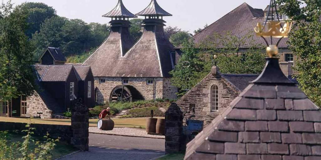 Whisky-P3-VisitScotland