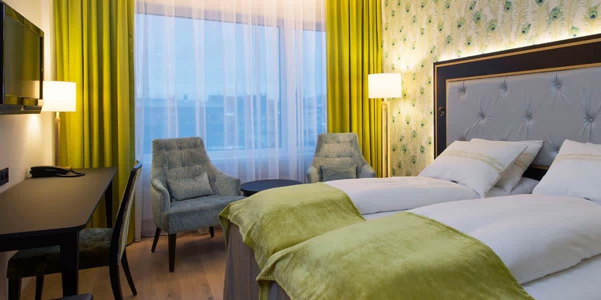 Thon Hotel Opera bedroom