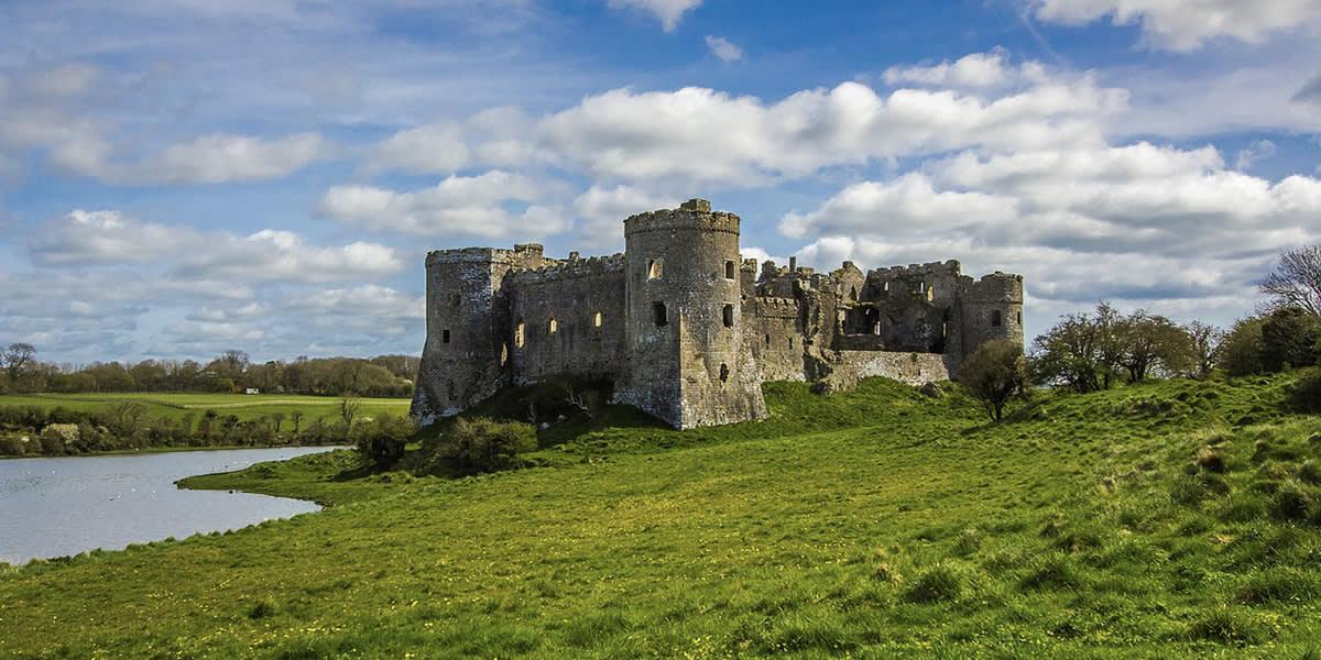 UNI 1200x600 castle in wales