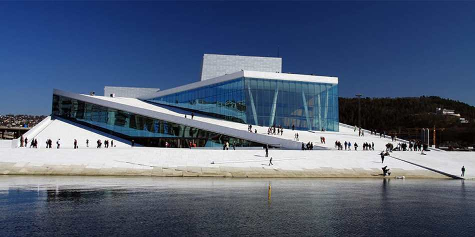 Oslo Opera house next to the water