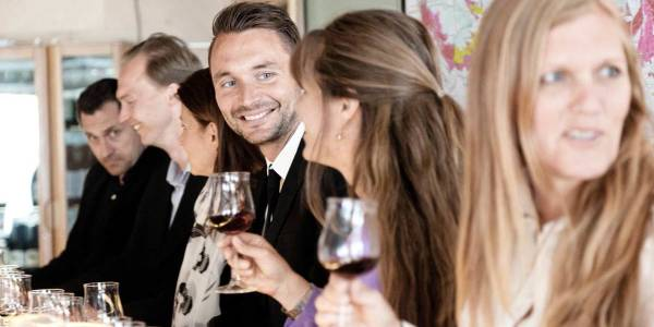 Wine-tasting-on-a-conference-to-Copenhagen