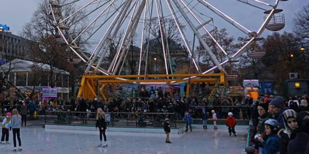 Ice rink with big wheel