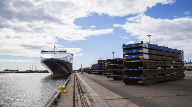 DFDS vessel tied up to the dock at Gothenburg Freight Terminal