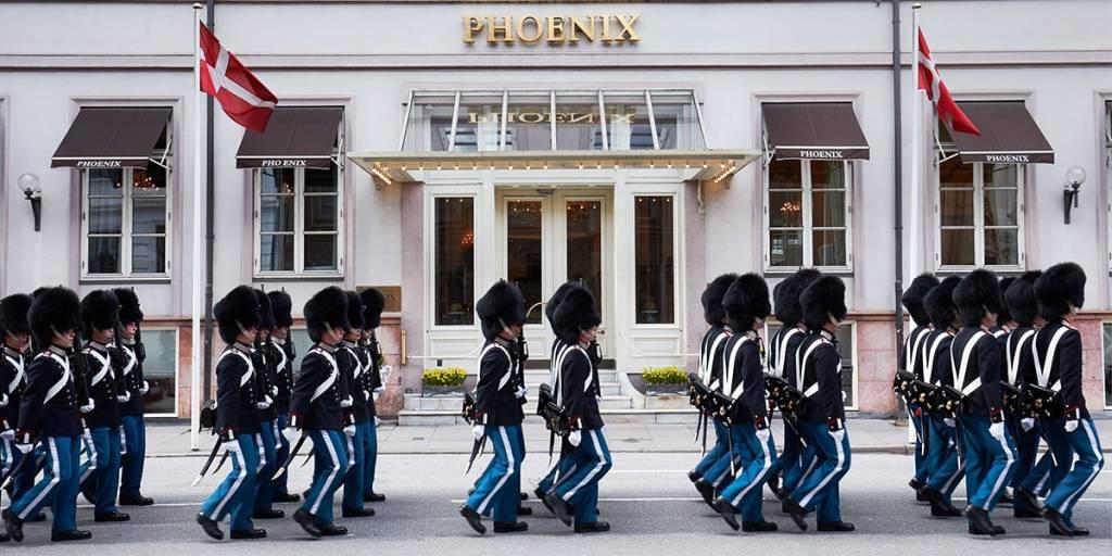 Phoenix hotel - facade
