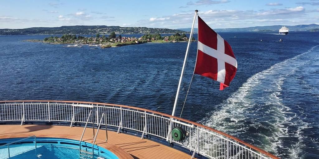 Soldækket på skibet i Oslofjorden