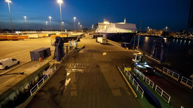DFDS Vlaardingen Freight Terminal at night