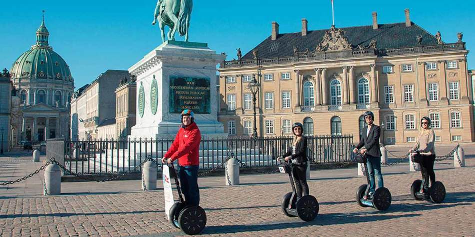 Team building tour in Copenhagen at your own pace