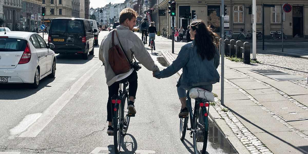 Par på sykkel i København
