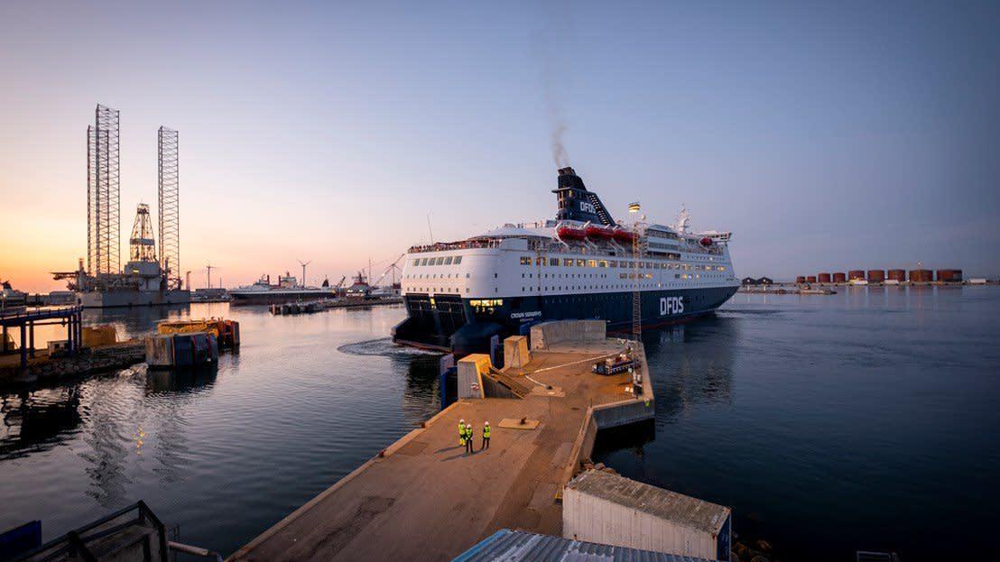 Crown departuring Frederikshavn