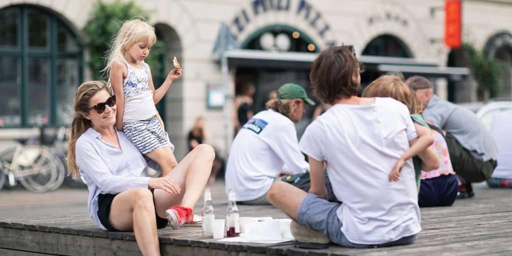 Shopping med barn, København - Photo credit: Buro Jantzen