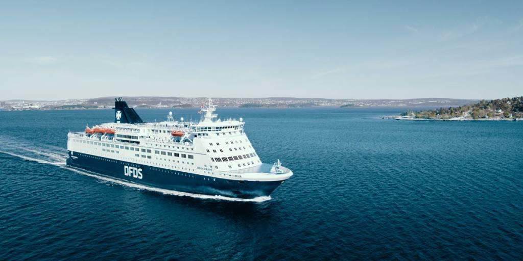 DFDS Pearl Seaways ship at sea