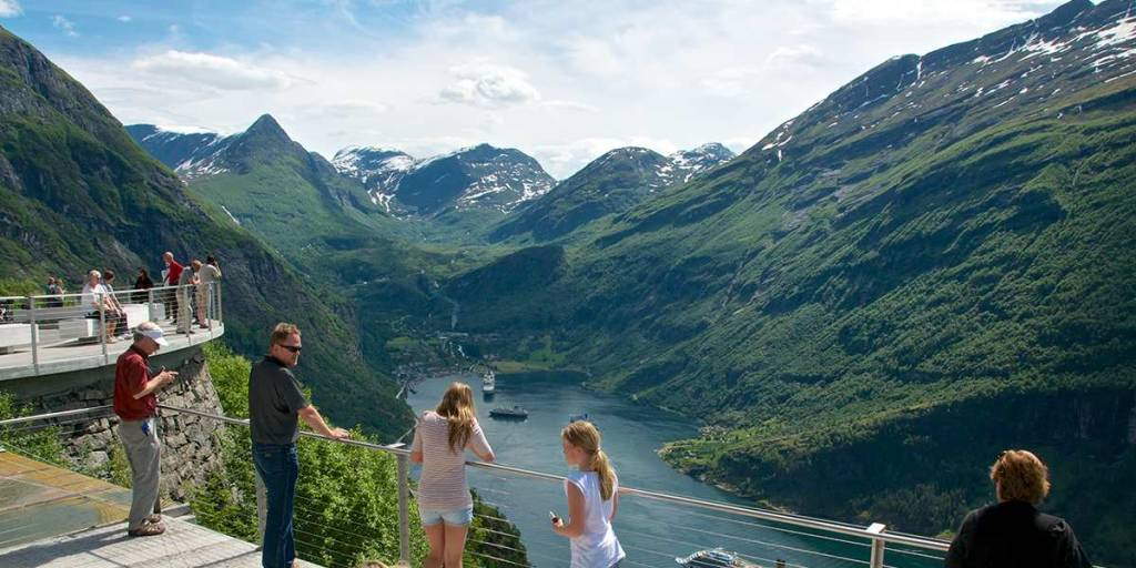 Norway, Ornesvingen geirangerfjorden