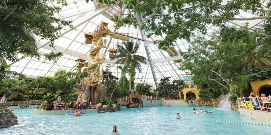 Center Parcs Pool Area