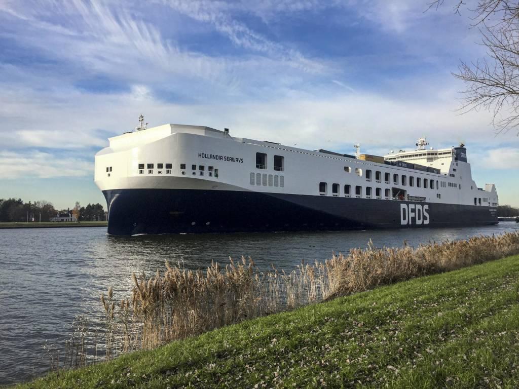 Hollandia in Ghent (3)-10ykr0