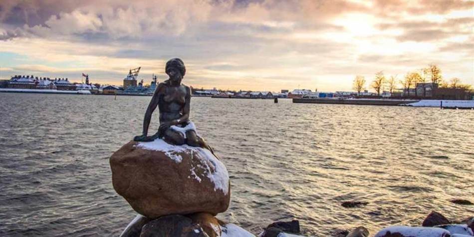 Mermaid statue in Copenhagen
