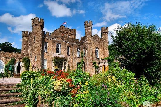 Augil Castle