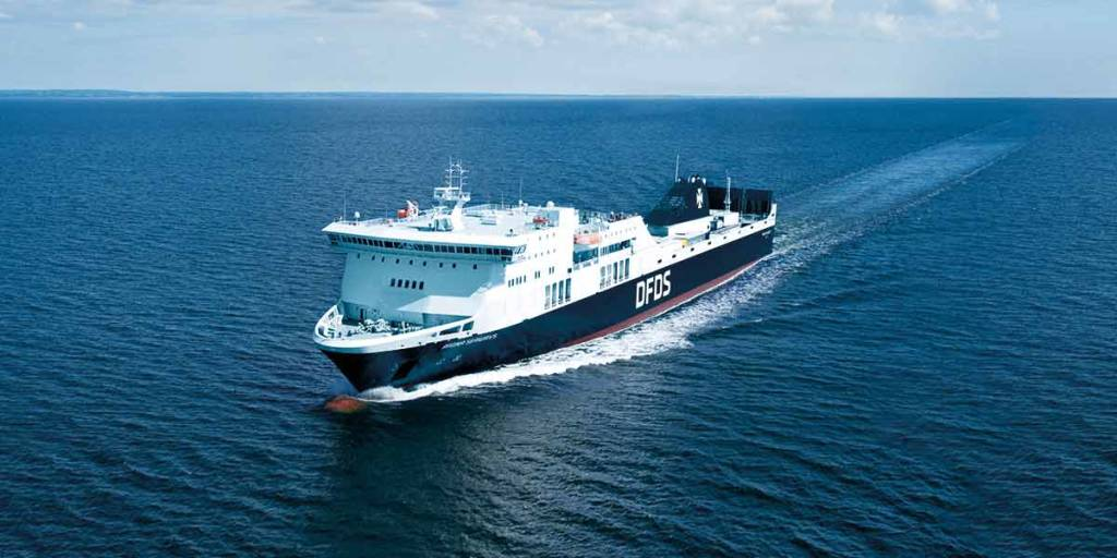 DFDS Regina ship at sea