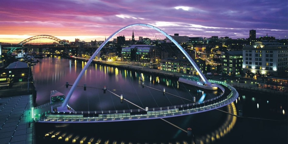 Millennium bridge Newcastle cityscape