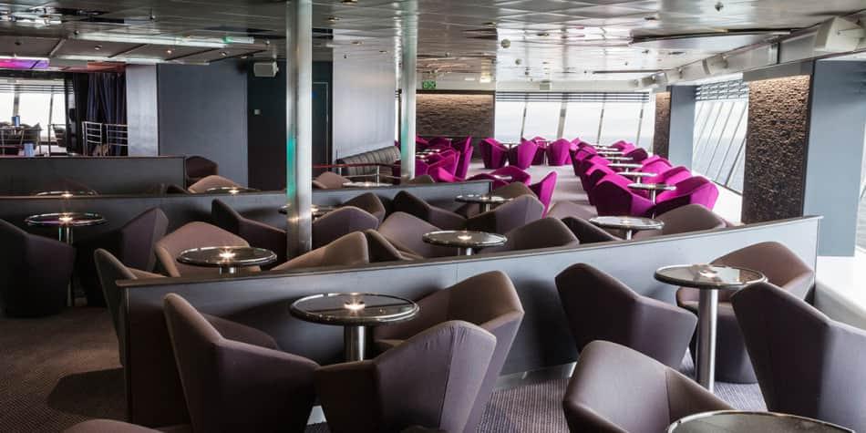 Columbus bar onboard Newcastle-Amsterdam