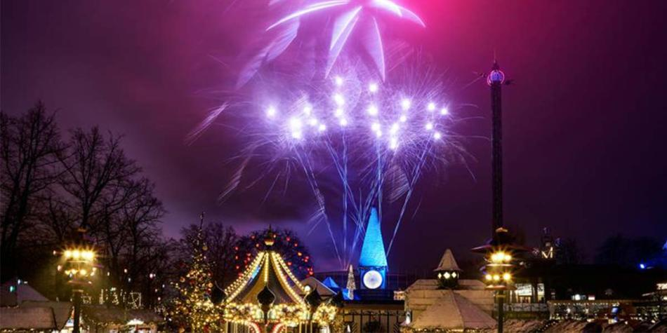 Light show and fireworks in Tivoli at Christmas