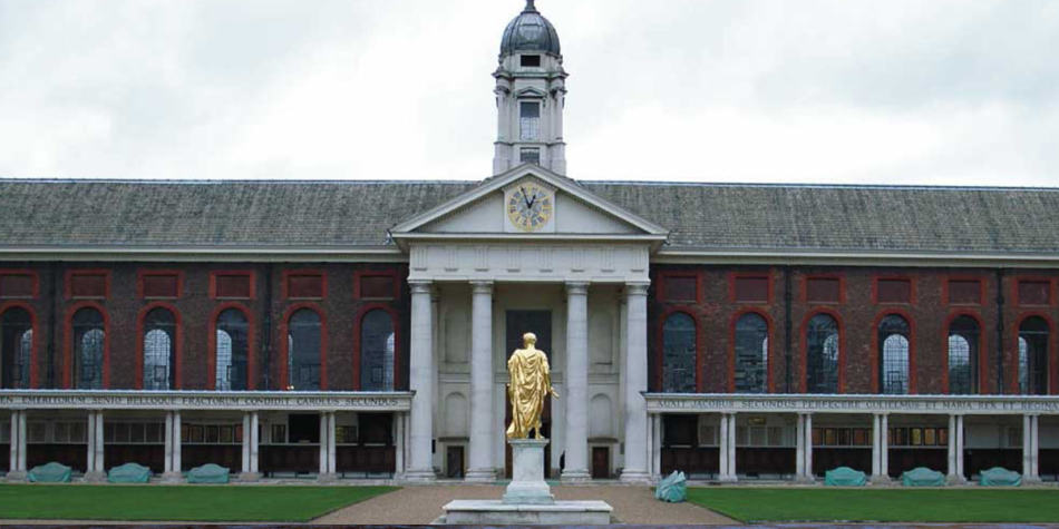Chelsea museum with golden sculpture