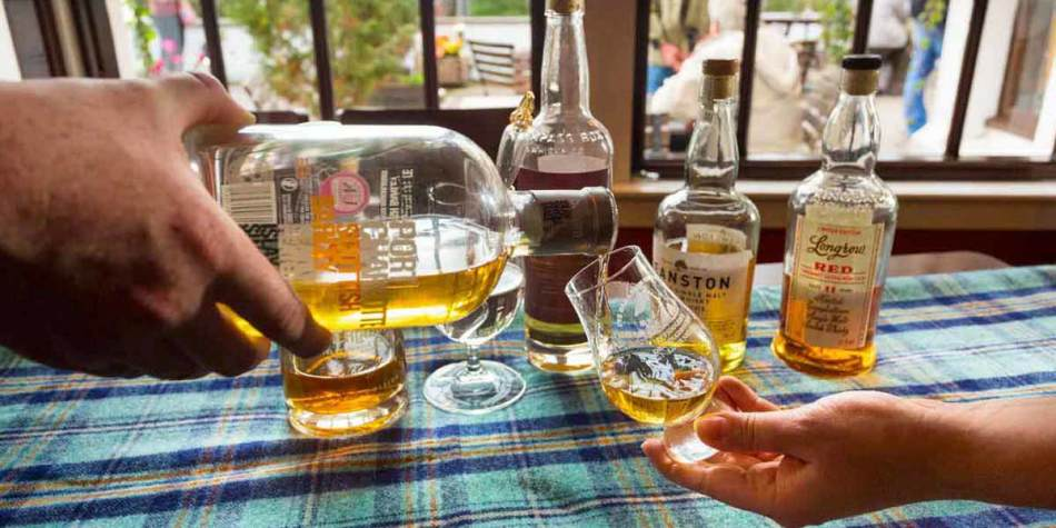 Whisky tasting in Inverness, Scotland