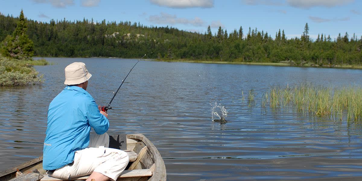 Fishing at Kvitfjell - Norway Photocredit Kvitfjell alpinanlegg