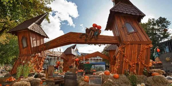 Halloween in Tivoli - building