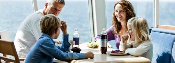 Family in Newhaven-Dieppe restaurant