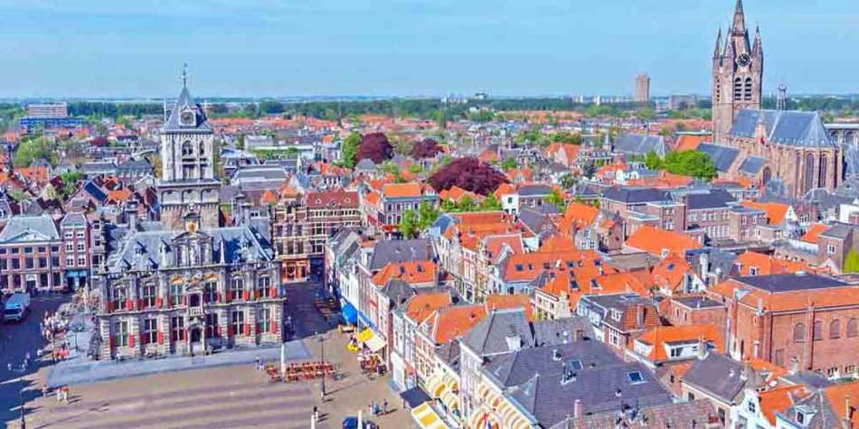 Discover the beautiful city of Delft, Holland