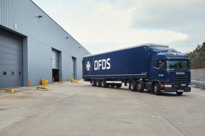 DFDS Equipment - A DFDS dark-blue truck