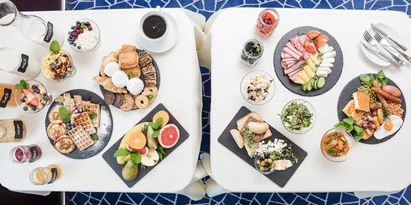 Breakfast at self-service restaurant - Baltics routes