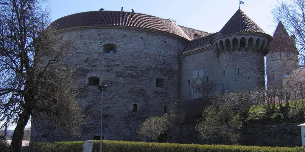 Tallinn Old Town - Paksu Margareeta