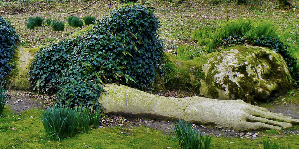 UNI 1200x600 the lostgarden sleeping woman