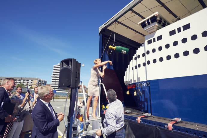 DFDS LEGO Ship 009 (T-126) 150, Jubilee launch