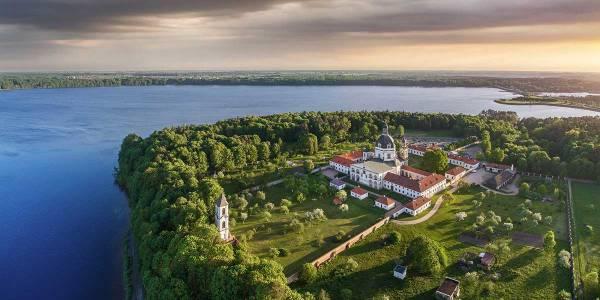 Baltics - castle