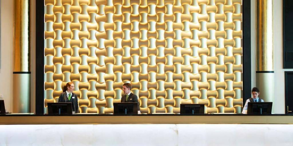 Thon Hotel Opera reception