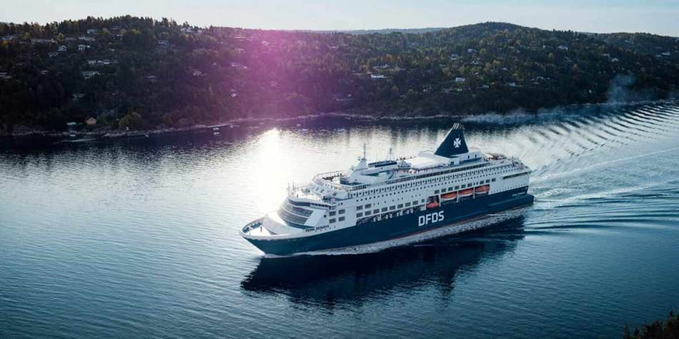 DFDS Pearl on the sea