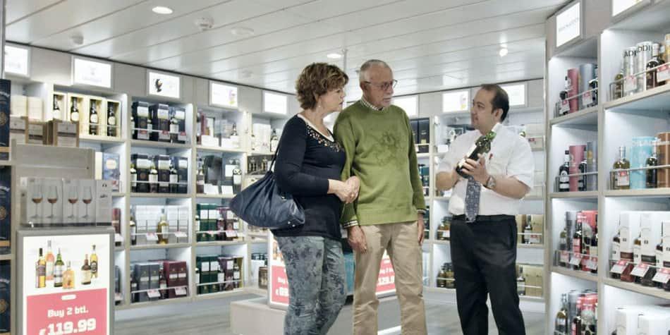 Newcastle Amsterdam couple shopping