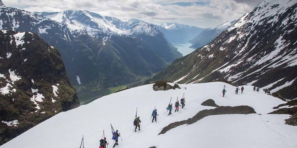 Nature in Norway - Crossing Jostedalsbreen-glacier lengthwise - Photocredit Thomas T Kleiven - Visitnorway