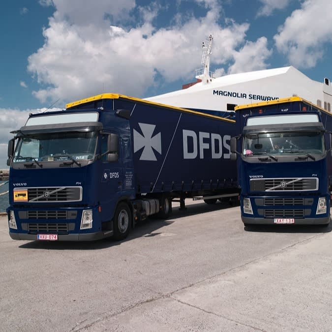 DFDS truck Magnolia Seaways ripped smaller