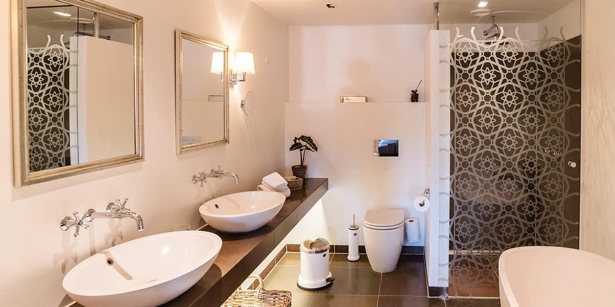 Nimb hotel - bathroom