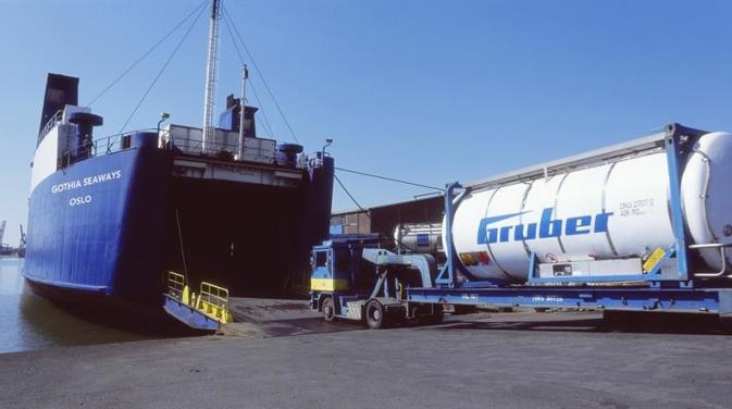 Chemicals being loaded aboard a DFDS ship